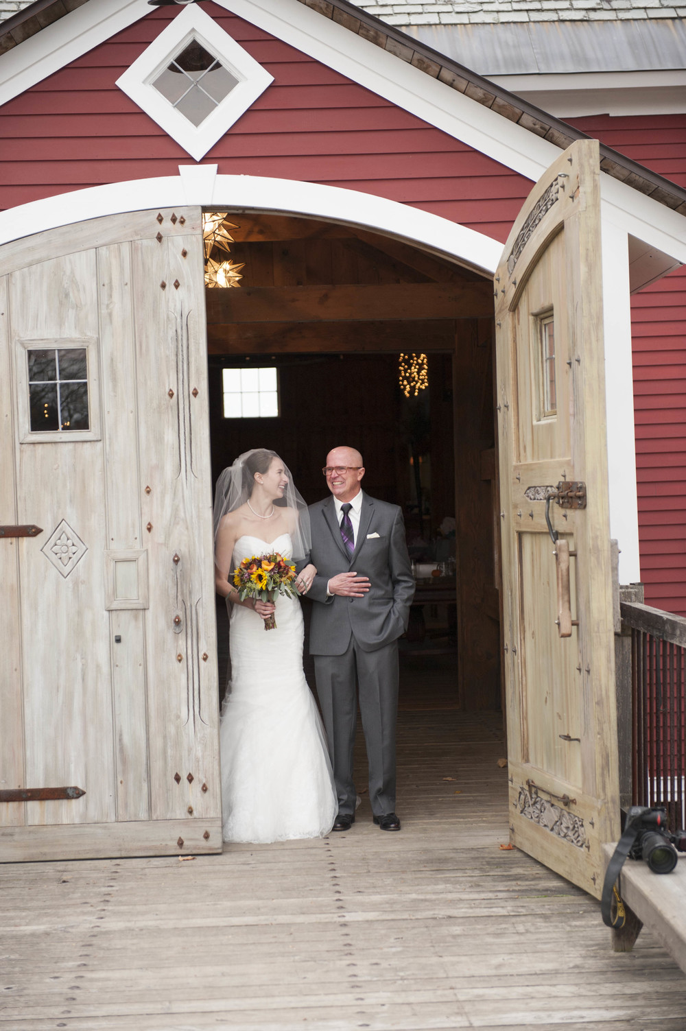 Lang_Farm_Barn_Wedding_Vermont001011.jpg