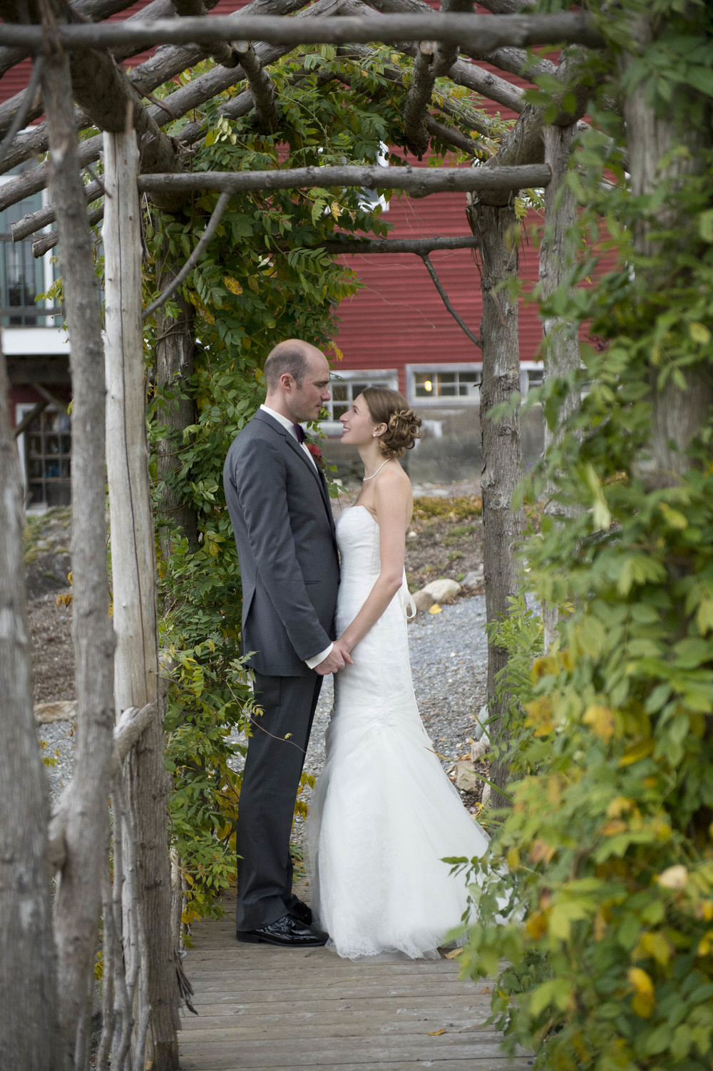 Lang_Farm_Barn_Wedding_Vermont034.jpg