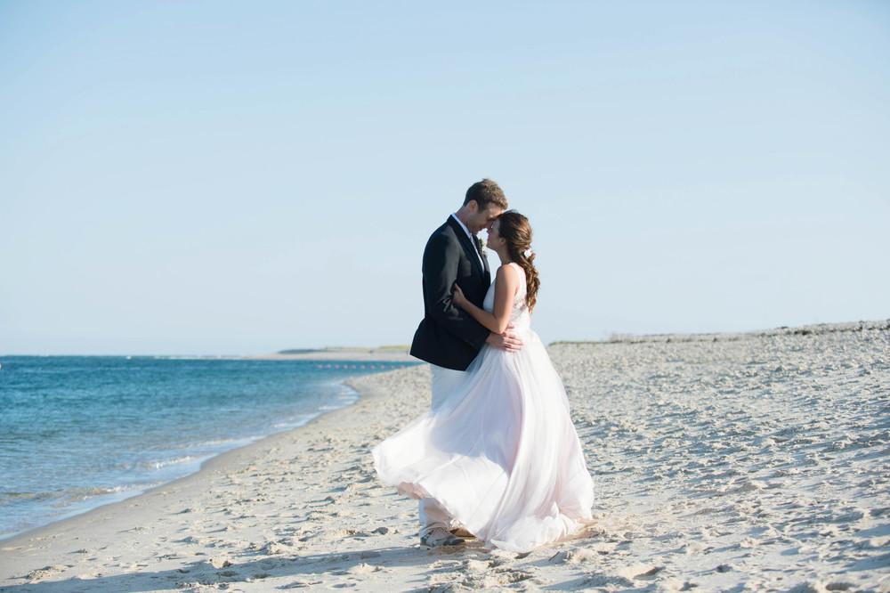 ANNA + CONNOR CHATHAM BEACH CLUB WEDDING
