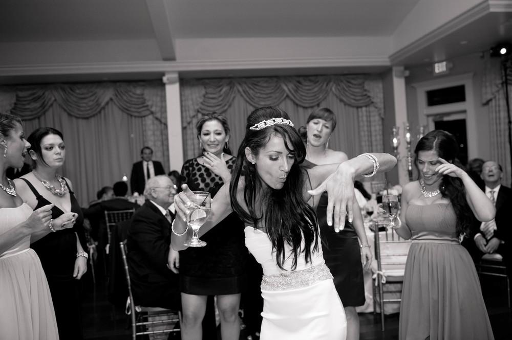 Oceancliff_Newport_Wedding-59.jpg