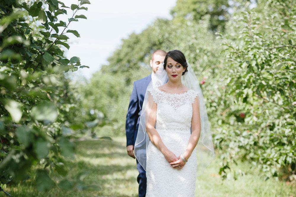 Quonquont-Farm-Unique_Wedding009.jpg