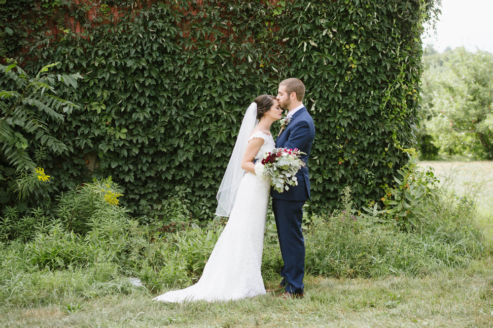 Quonquont-Farm-Unique_Wedding016.jpg