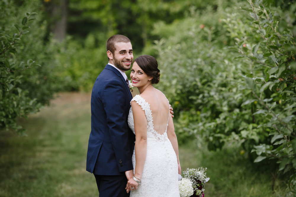 LAURA + ZACH QUONQUOT ORCHARD WEDDING