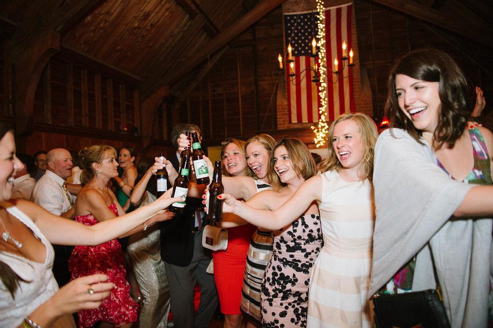 Chatham_Beach_Club_Wedding070.jpg