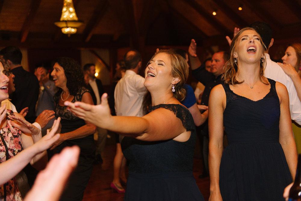 Tewskbury-Country-Club-Wedding038.jpg