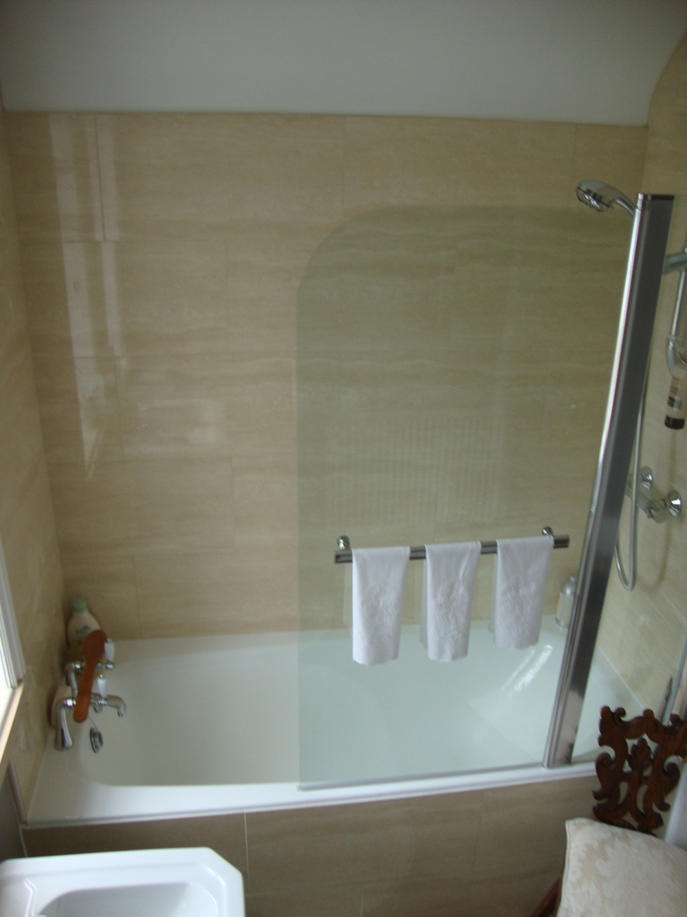 Tiled bath panel and shower screen.JPG