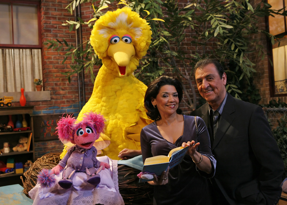 Abby, Big Bird, Maria and Luis