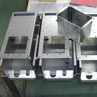 RUGGEDIZED ENCLOSURES - chassis.jpg
