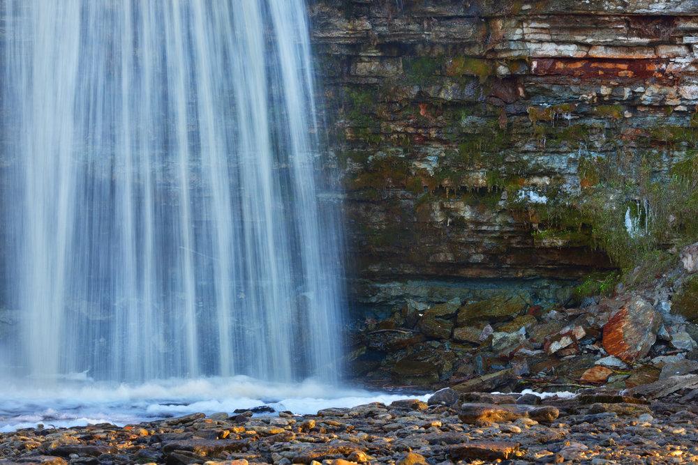 water rock.jpg