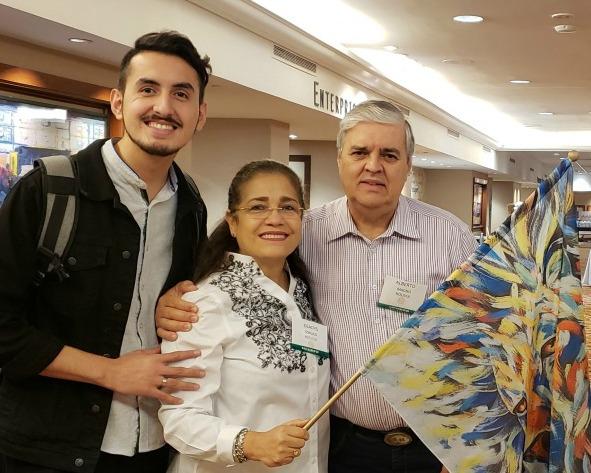 1 Alberto and Gladys and Carlos.jpg