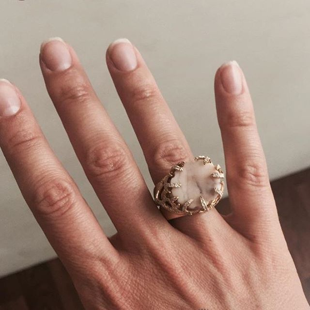 Diamond and marble Incomplete Column ring #completedworks #pillar #lovegold #pinkmarble