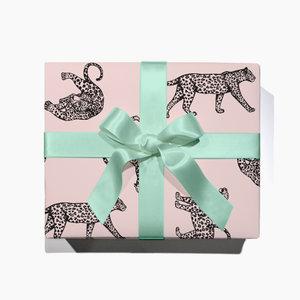 gift-wrap-leopard.jpg