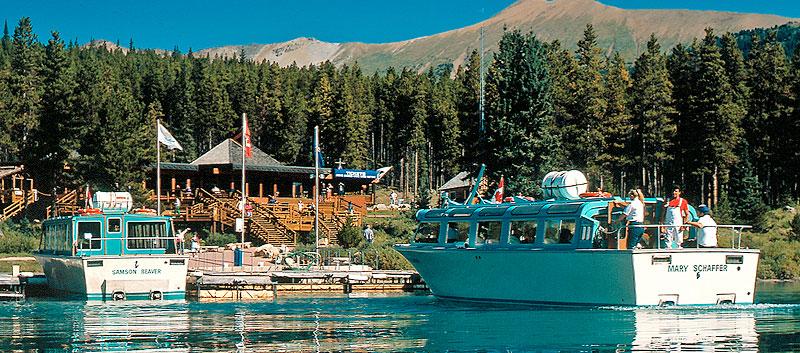 Welcome to Maligne Lake