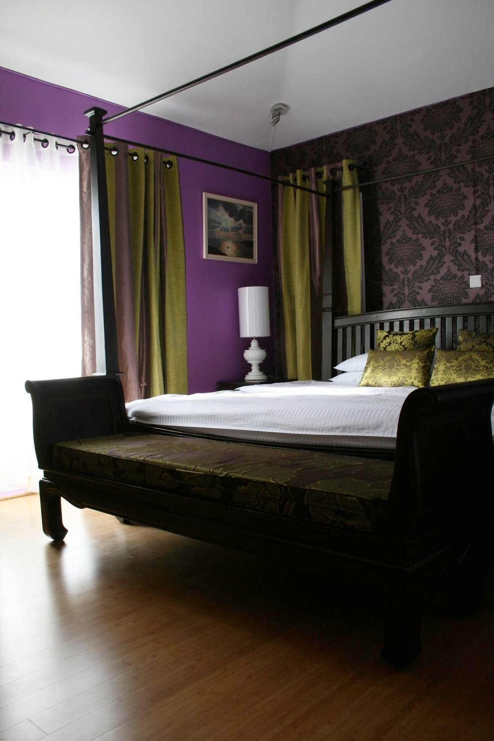 purple-guest-bedroom-15653-1900.jpg