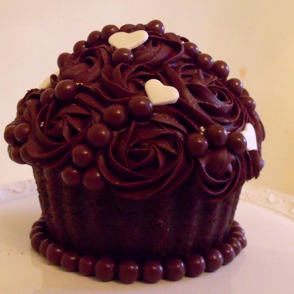 bolo cupcake 1 BLOG MINI.JPG