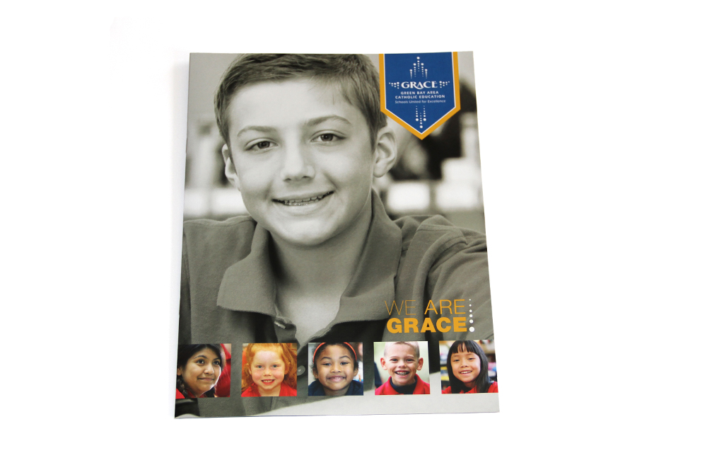 GRACE - Green Bay Area Catholic Education - We are GRACE - Schools United for Excellence - Folder brochure