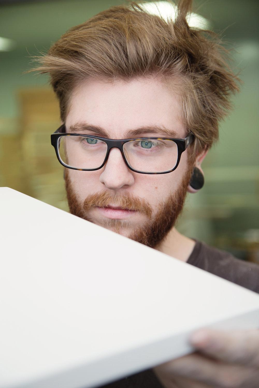 Pour des armoires au fini opaque et riche, la laque est la technique de finition privilégiée.