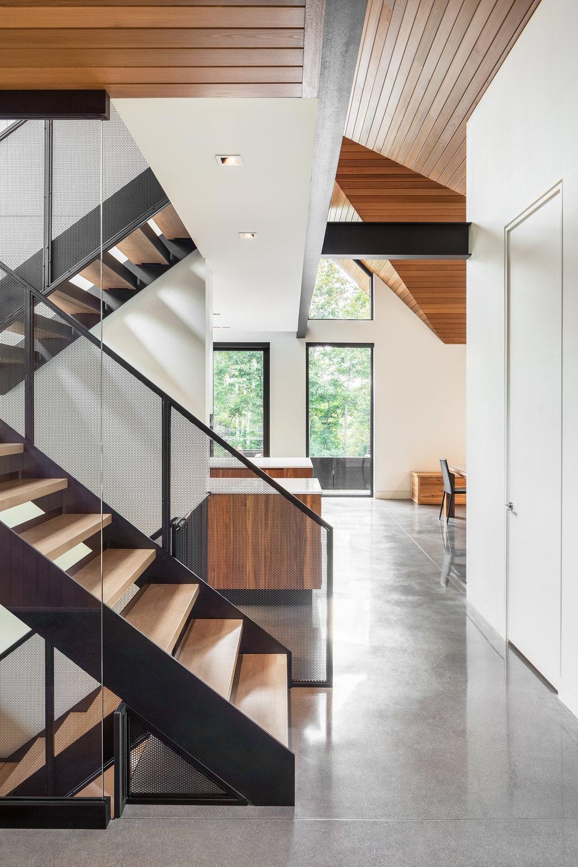crédits photographiques:    Charles Lanteigne    / collaboration:    Thellend Fortin architectes