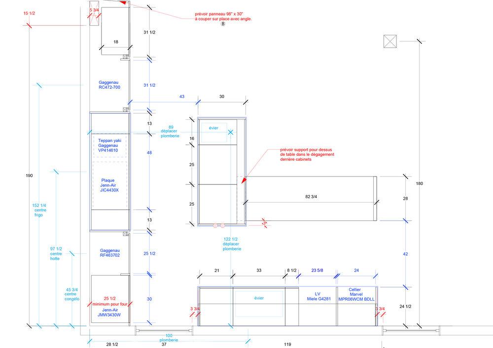 - Cette cuisine s'inscrit dans une rénovation complète d'un condo au dernier étage d'un triplex de Villeray.Puits de lumière et verrière sur le toit, la cuisine en périphérie de l'espace met de l'avant des matériaux riches et foncés soulignant la brèche de lumière qui égaye le centre de la pièce.Matériaux: laque de polyuréthane noire avec 30% de lustre, placage de noyer d'amérique noir huilé - effet planche, comptoir et dosseret de neolith.