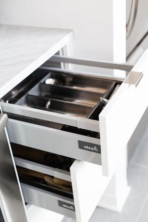 cuisines-steam_kitchen-christelle_drawers.jpg