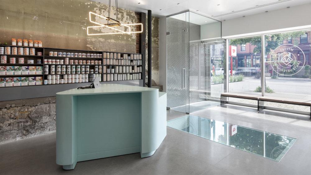 Design:T B A | Thomas Balaban Architecte avec Jean-Marc Renaud / Catégorie Prix Bureau de santé et clinique