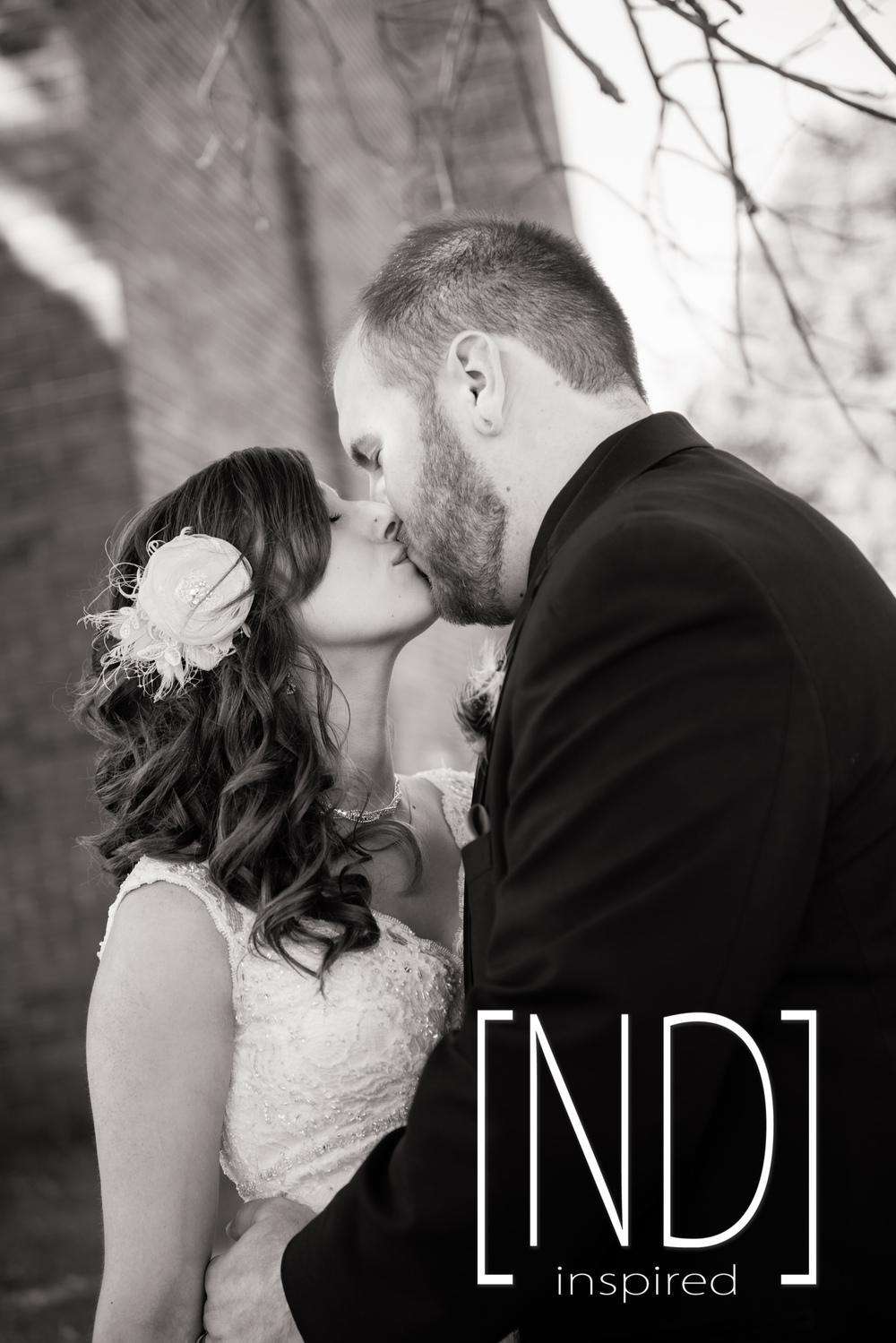 Cedar Valley, Iowa Wedding Photographer