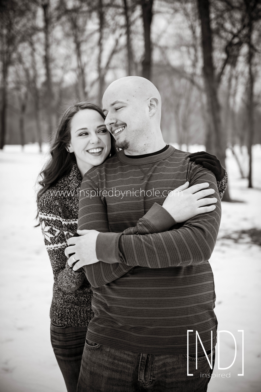 Engagement-Snow-Photography-Winter-04a.png