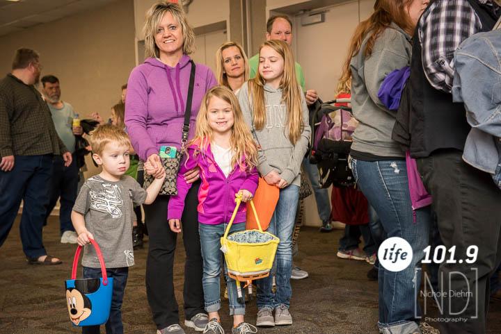 Easter Egg Hunt 2015-75.jpg