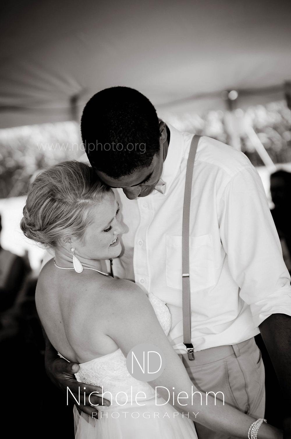 Sarah-and-Josh-Elsbecker-Outdoor-Wedding-Waterloo-Iowa-Photography-3.jpg