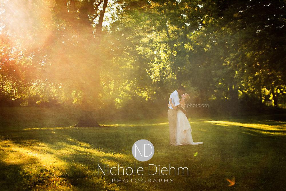 Sarah-and-Josh-Elsbecker-Outdoor-Wedding-Waterloo-Iowa-Photography-10.jpg