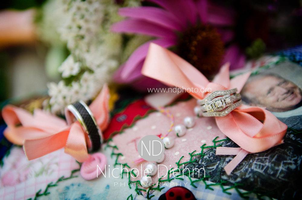 Sarah-and-Josh-Elsbecker-Outdoor-Wedding-Waterloo-Iowa-Photography-14.jpg