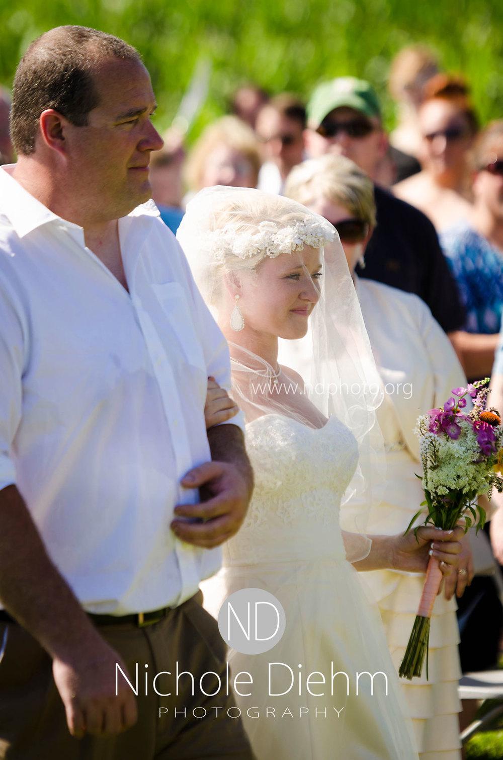 Sarah-and-Josh-Elsbecker-Outdoor-Wedding-Waterloo-Iowa-Photography-18.jpg