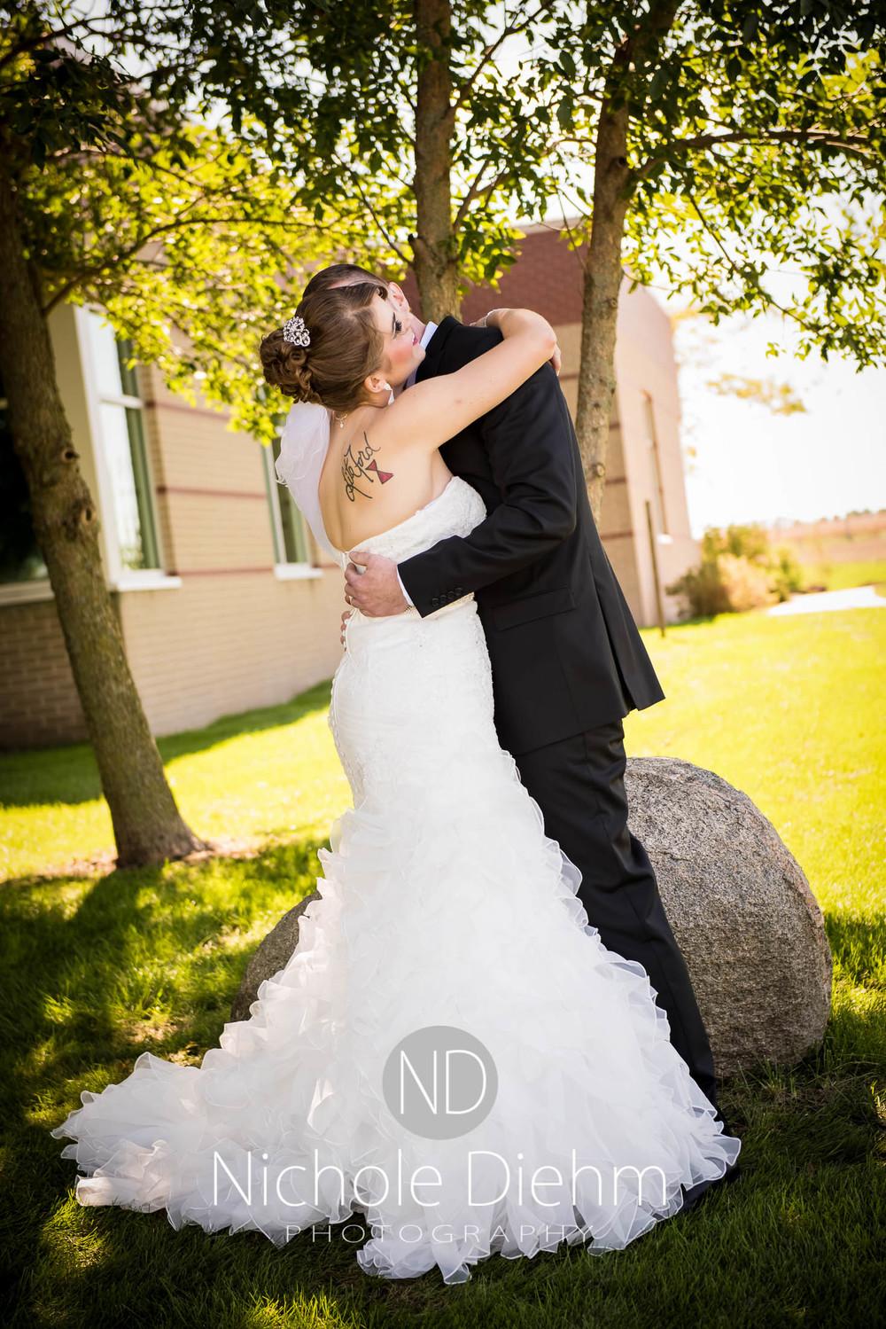 Cedar-Falls-Wedding-Photography-111.jpg