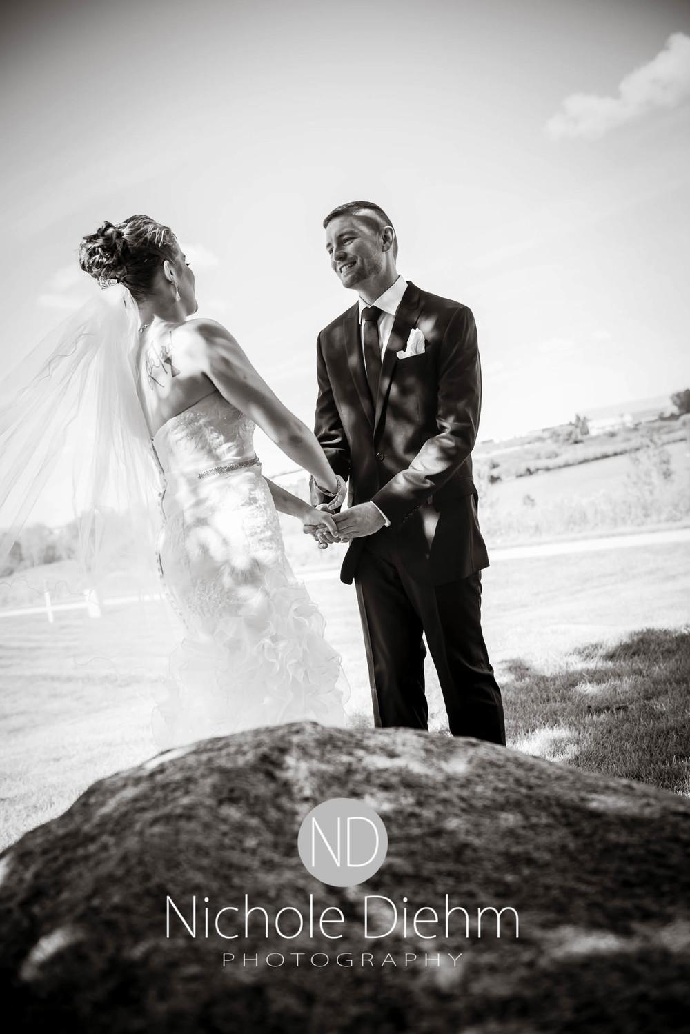 Cedar-Falls-Wedding-Photography-114.jpg