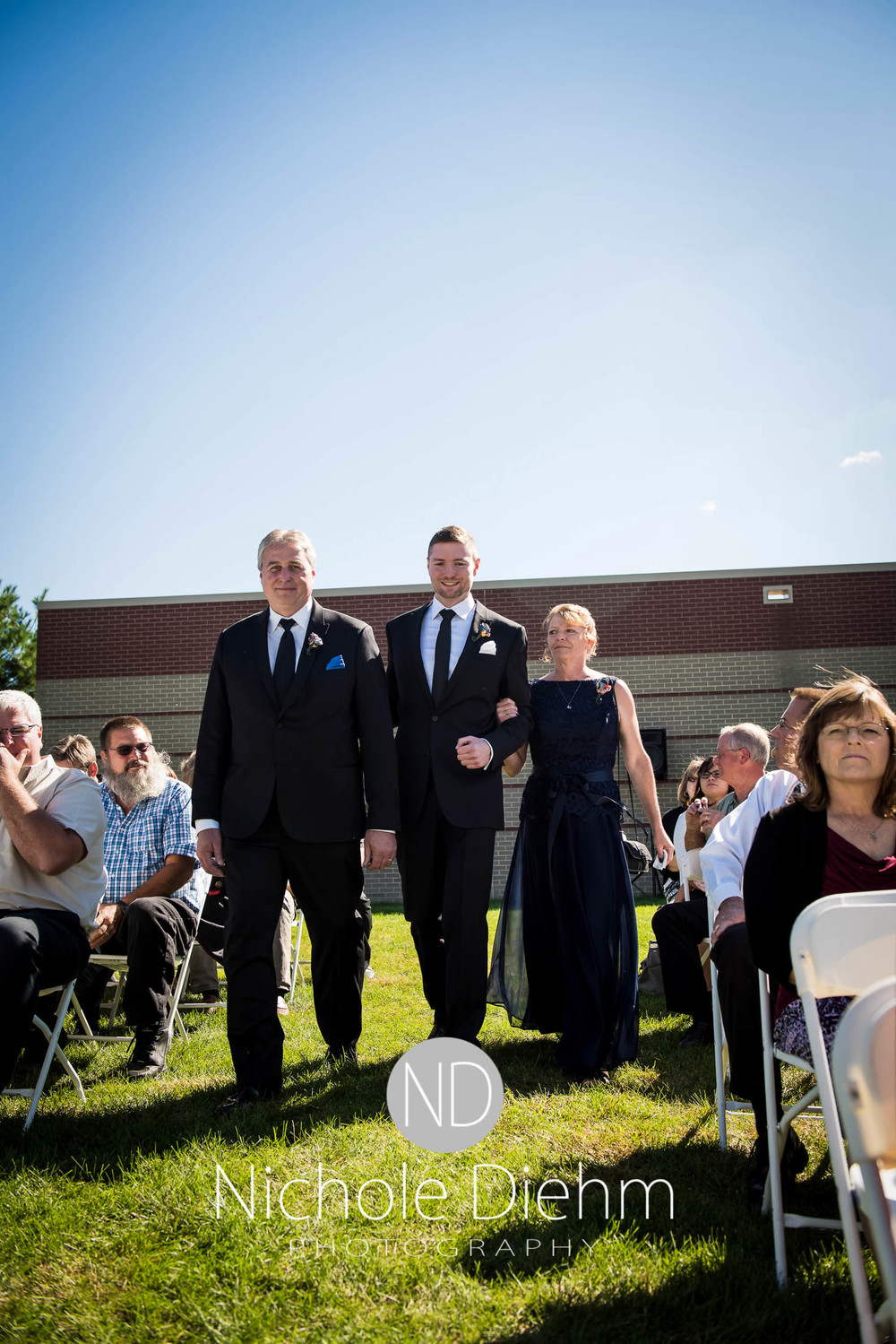 Cedar-Falls-Wedding-Photography-135.jpg