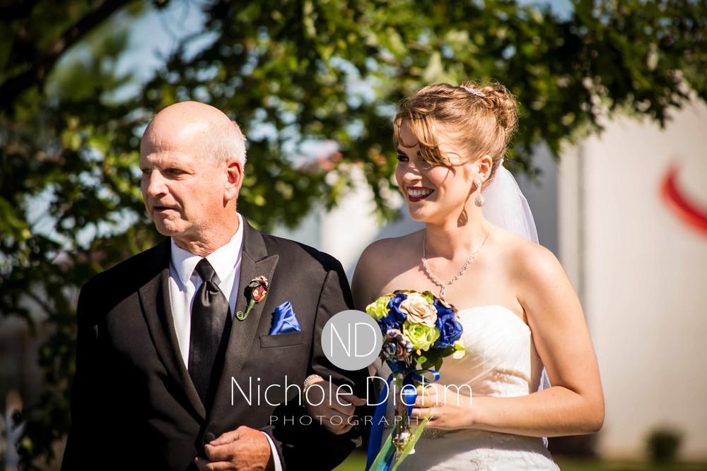 Cedar-Falls-Wedding-Photography-141.jpg