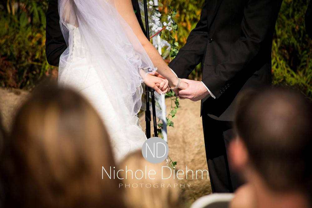 Cedar-Falls-Wedding-Photography-150.jpg