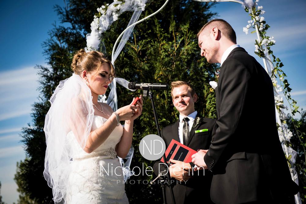 Cedar-Falls-Wedding-Photography-159.jpg