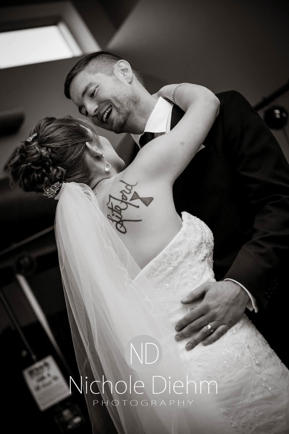 Cedar-Falls-Wedding-Photography-204.jpg
