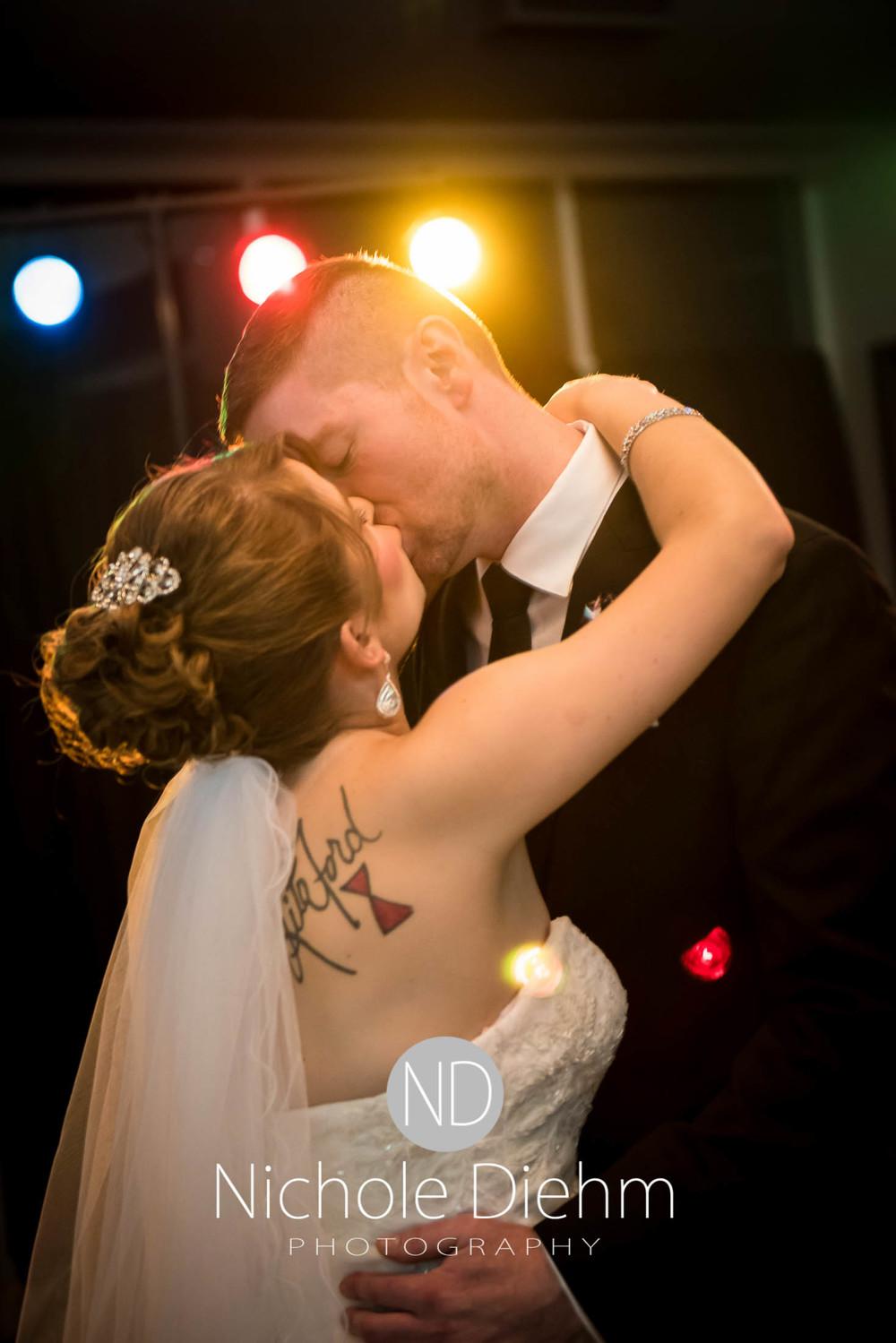 Cedar-Falls-Wedding-Photography-205.jpg