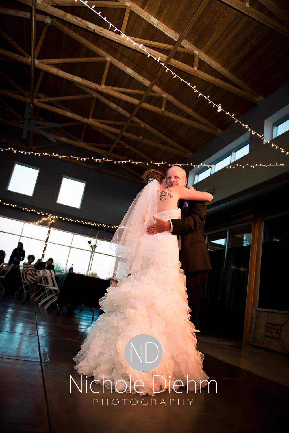 Cedar-Falls-Wedding-Photography-207.jpg