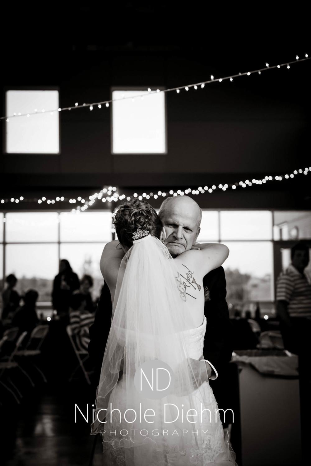 Cedar-Falls-Wedding-Photography-208.jpg