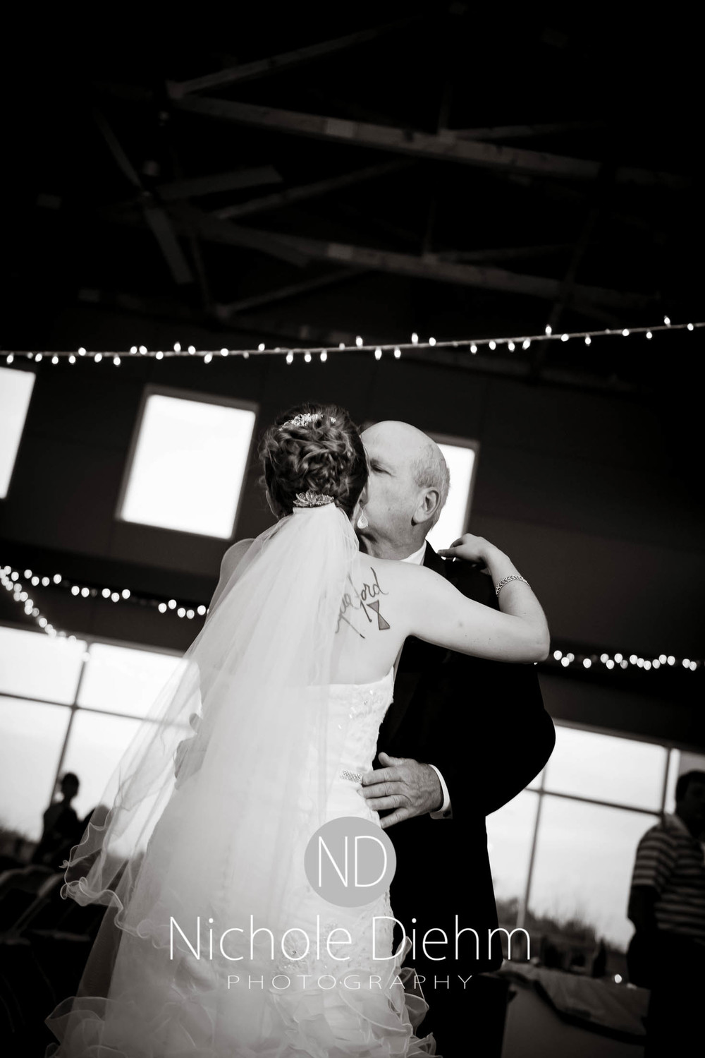Cedar-Falls-Wedding-Photography-209.jpg