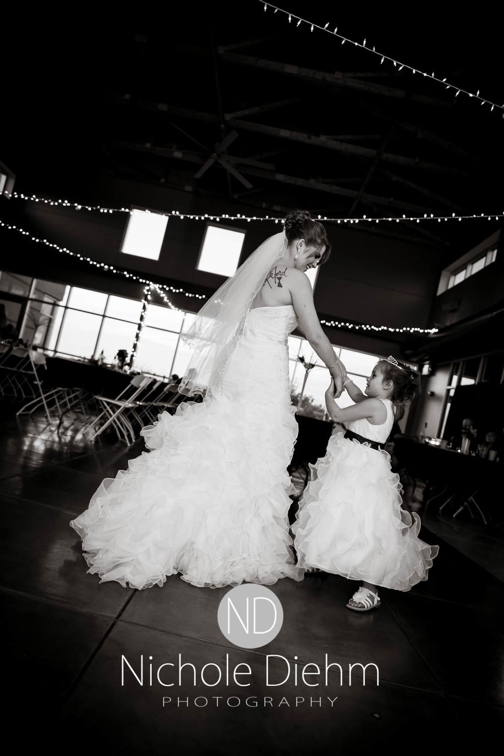 Cedar-Falls-Wedding-Photography-212.jpg