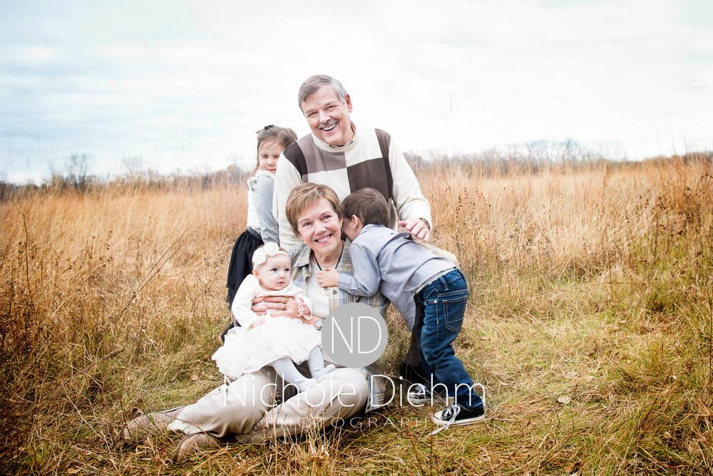 Nichole Diehm Photography Family Photographer Cedar Falls Gidley-9.jpg