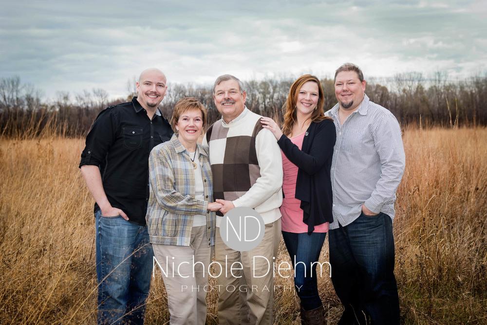 Nichole Diehm Photography Family Photographer Cedar Falls Gidley-10.jpg