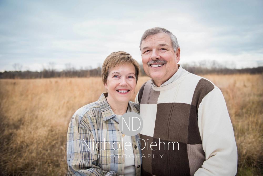 Nichole Diehm Photography Family Photographer Cedar Falls Gidley-16.jpg