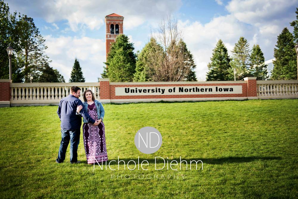 Dan and Rachel Phillips Maternity UNI Nichole Diehm Photography Photos100 - Copy.jpg