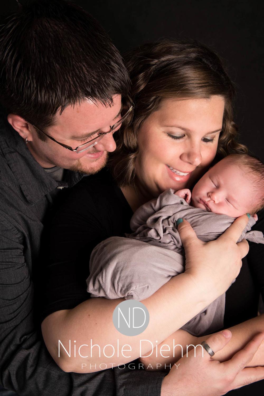 Baby_Photography_Cedar_Falls_Iowa_Benjamin109.jpg