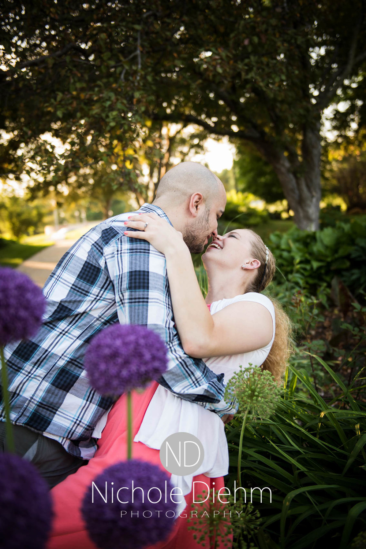Engagement-photographer-UNI-Cedar-Falls-Iowa-105.jpg